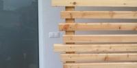Detail nezarovnaných spojov materiál ( S.Smrekovec profil Rhombus )