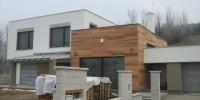 Drevenný fasádny obklad rodinneho domu materiál (Céder)