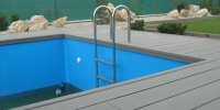 decking okolo bazena