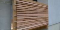 Detail rozdelenia nerezového lanka a zapracovania drevenného hranolčeka