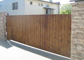 Brána materiál ( Sibírsky Smrekovec farba orech )