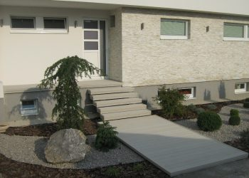 Deckingová terasa zo schodiskom materiál ( Ideck Luna White )