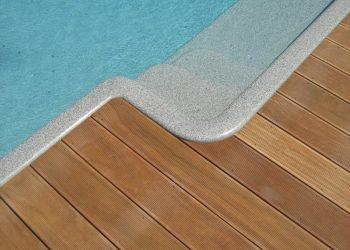 Detail kopírovania obruby bazénu