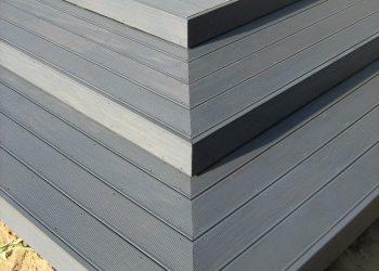 Detail schodiska drevennéj terasy materiál ( Garapa )