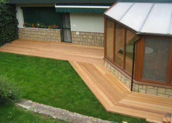 Drevenná terasa pri rodinnom dome materiál ( Garapa )