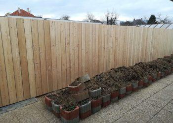 obklad plota materiál ( S.Smrekovec )